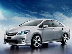 Гибридный седан Lexus будет продаваться в Японии под маркой Toyota